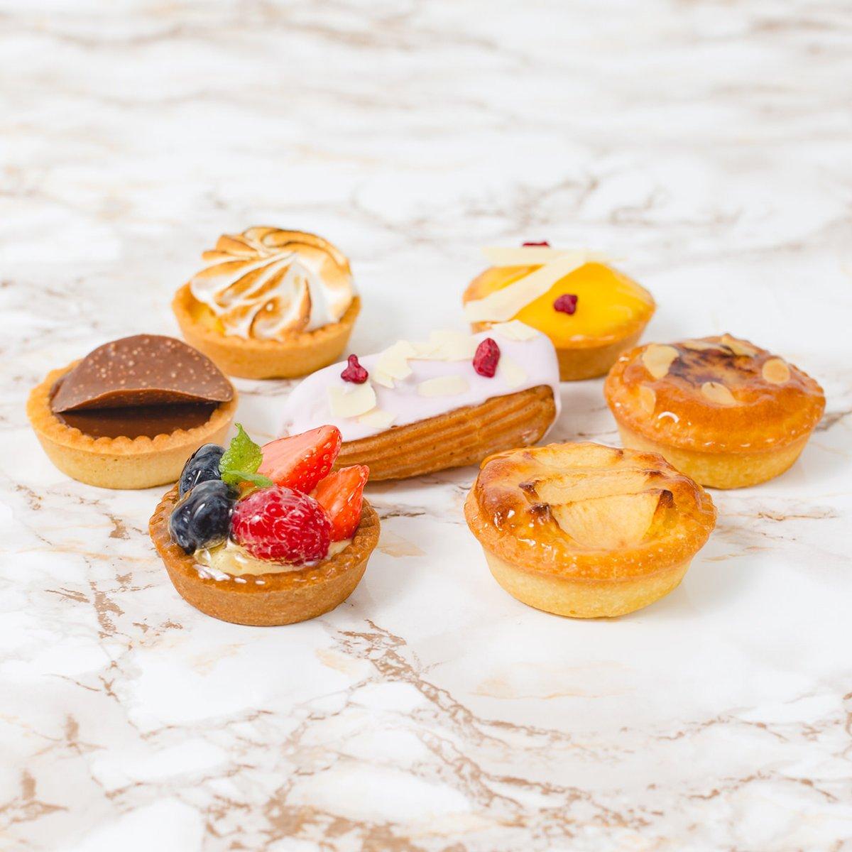 Set of Mini Desserts | Merci Beaucoup Cakes